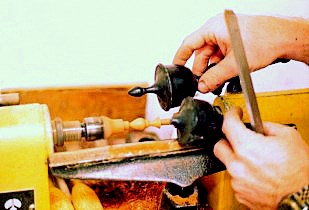 Make a new Finial on the lathe