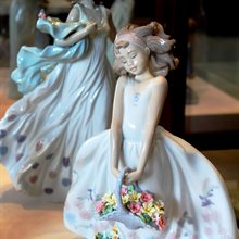 Lladro Summer Serenade available at Albert F. Rhodes Jewelery
