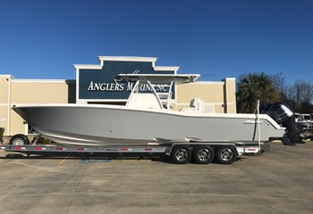 2020 Invincible 36 Whisper Grey liquid-unknown-field [type] Boat