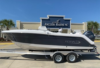 2021 Robalo R222 Shark Gray (ON ORDER) Boat
