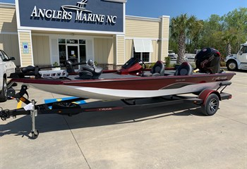 2021 Vexus AVX 189 Red/White  Boat